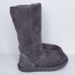 Tall UGG boots size 6